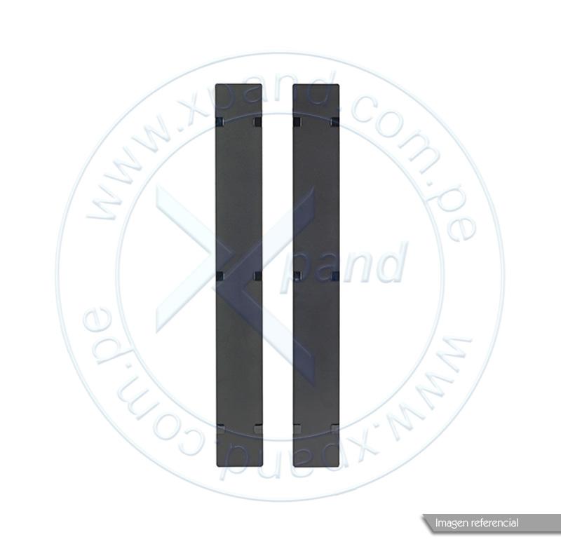 Imagen: Tapas con bisagras APC AR7586, 2 piezas, para organizador vertical de cables, 45U.