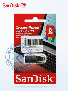Memoria Flash USB SanDisk Cruzer Force, 8GB, USB 2.0, presentación en colgador.