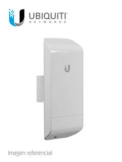 NanoStation Ubiquiti Network LOCO M5, 5 GHz, Ethernet, Atheros MIPS 24KC (400 MHz).